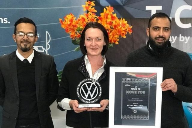 Bethlehem Volkswagen's Estine Willemse (middle), with the Sales Manager, Ameen Sheik (left) and the General Manager, Zakaria Vawda, at the right.